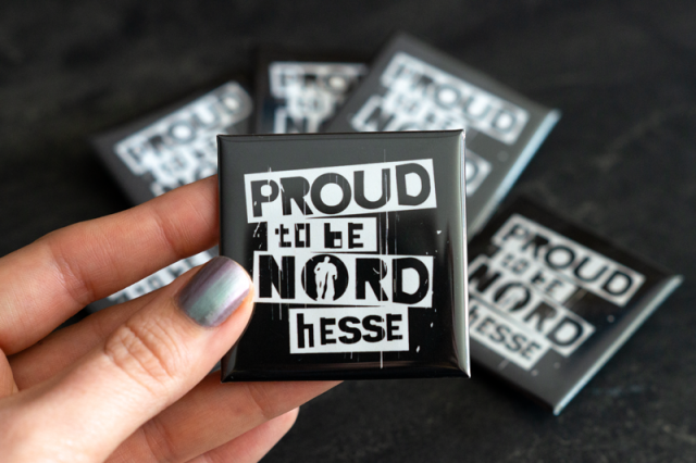 "Button ""Proud to be NORDhesse"" - groß"